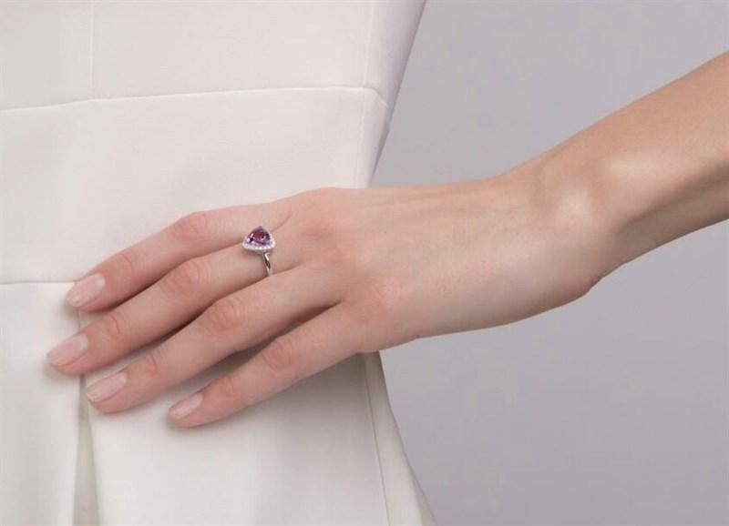 Nhẫn đính đá Amethyst (N0241)